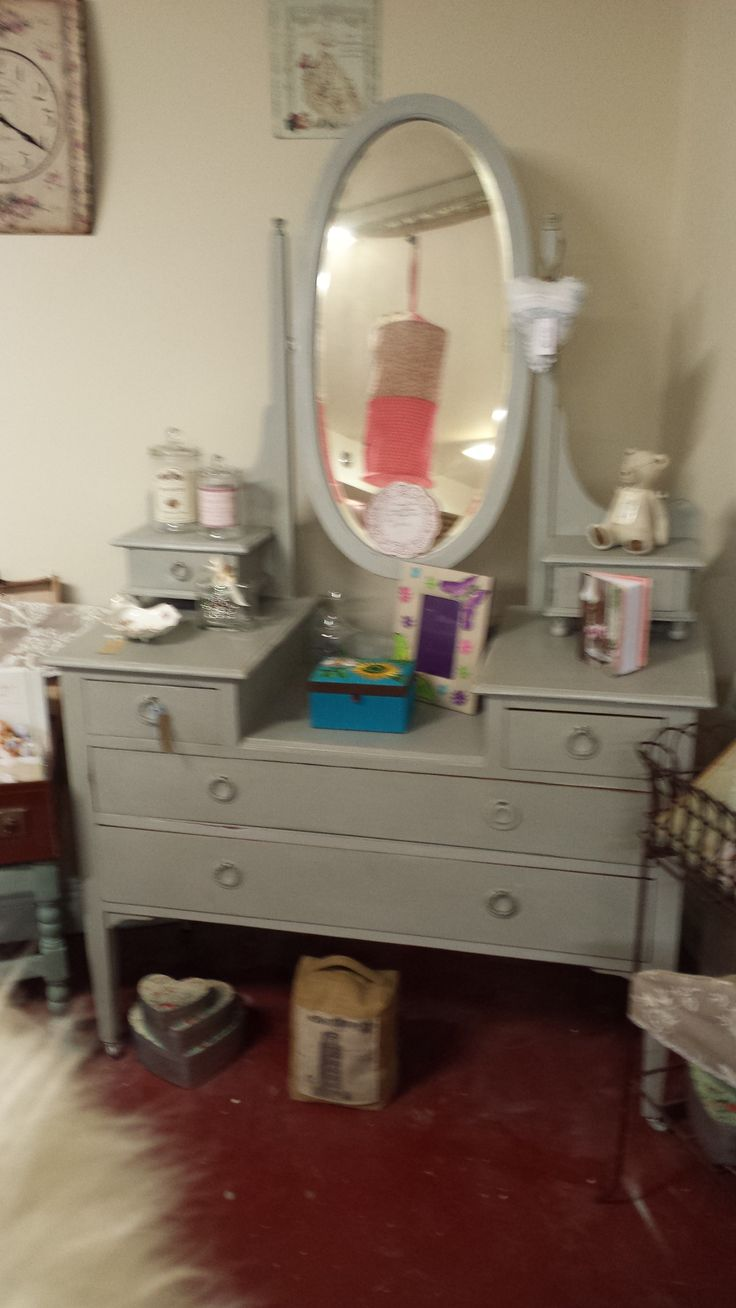 Very nice dressing table finished in our Shutter Vintage Chalk Paint. Internal colour detail in Pink.  Circa 1930 and professionally up-cycled at The Store Room Gorey.  Price: € 375.00  REDUCED TO CLEAR: € 265.00 !!!!!  Size: 42 by 47 by 19 deep.............