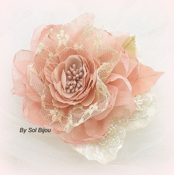 Hair Clip, Coral, Gold, Ivory, Tan, Beige, Champagne, Vintage Style, Fascinator, Elegant Wedding, Bridal, Maid of Honor, Lace, Pearls