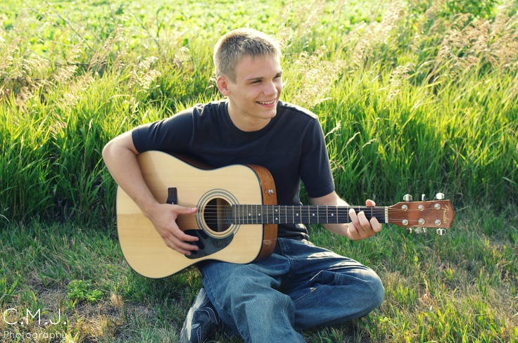 Senior Portrait with Guitar: Senior Pictures | C.M.J. Photography, Omaha, NE
