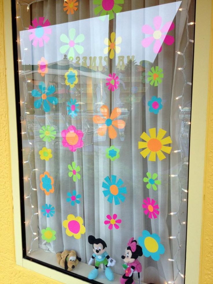 Photos of Guest Decorated Windows - Page 39 - The DIS Discussion Forums - DISboards. & The 69 best Disney: Resorts Window decor images on Pinterest ...