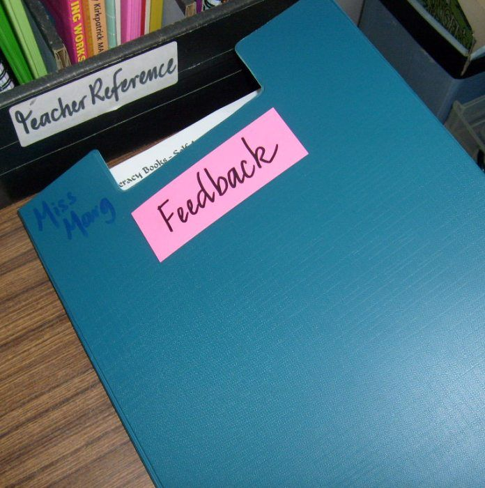 how to give feedback at work