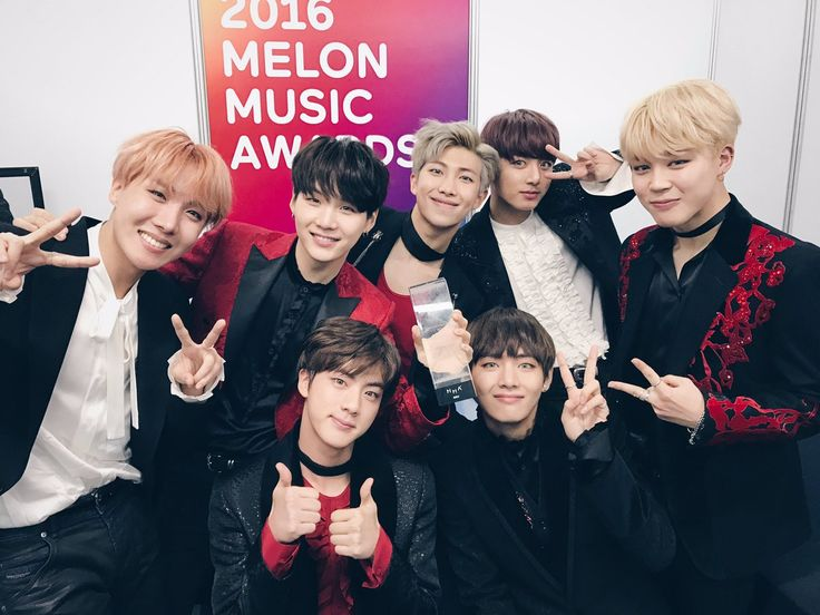 With multimedia content Tweets BTS_official (@bts_bighit) |  Twitter