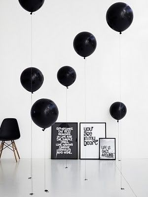 Float balloons at different heights for visual interest. Found on Lovelyish.com!