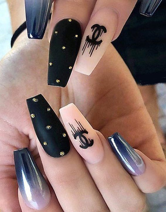 Chroome Ombre Black Coffin Nails for 2019