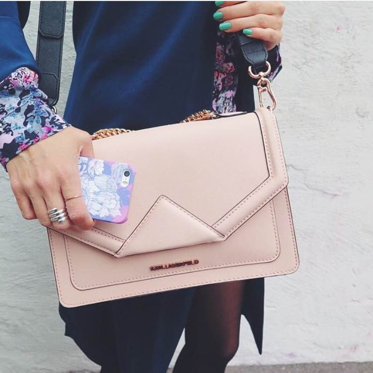 "Martina Martiala having a dusty pink flower power kind of day with Karl Lagerfeld bag and Shell'Oh! iPhone case  * the case is called ""Garden Party"" and can be found on our webshop"
