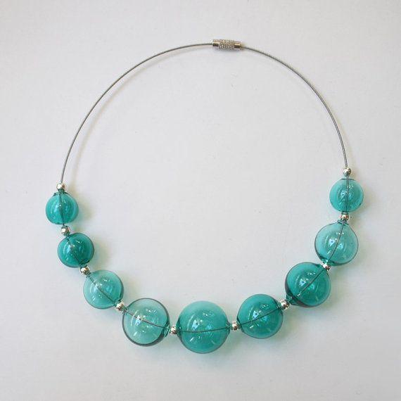 Light emerald blown glass beads от LikeAGlassShop на Etsy