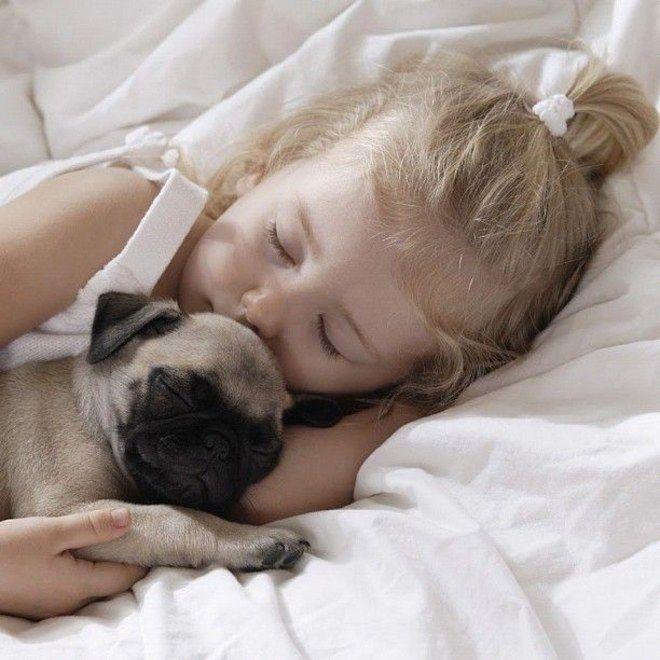 Fotos entrañables de niños y perros #perros #dogs #pets #baby #love #friends