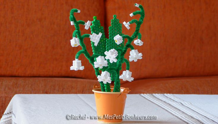 DIY 3D Lilly of the Valley flowerpot hama beads by Mes Petits Bonheurs