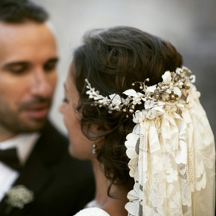 Handmade veil and cold porcelain headpiece #BridalVeil repinned by wedding accessories and gifts specialists http://destinationweddingboutique.com