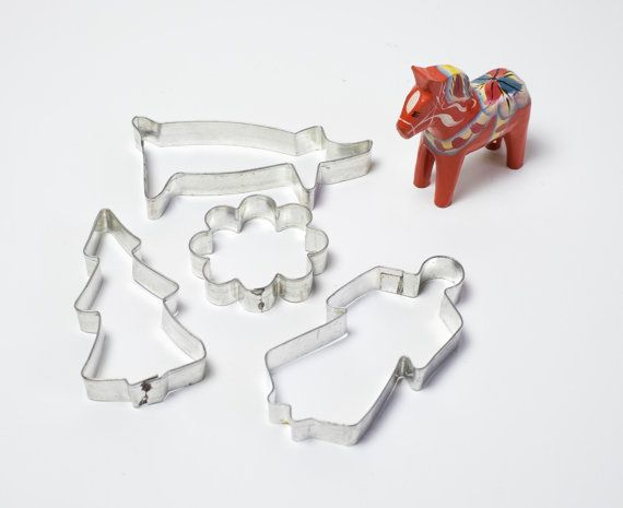 Scandinavian Christmas Cookie Cutters Vintage Cookie Cutter Set of 4 Swedish Gingerbread Man Christmas Tree Flower Pig Xmas Holiday Baking