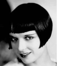 capelli corti stile anni 30