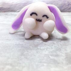 Petit lapin en pate fimo - décoration