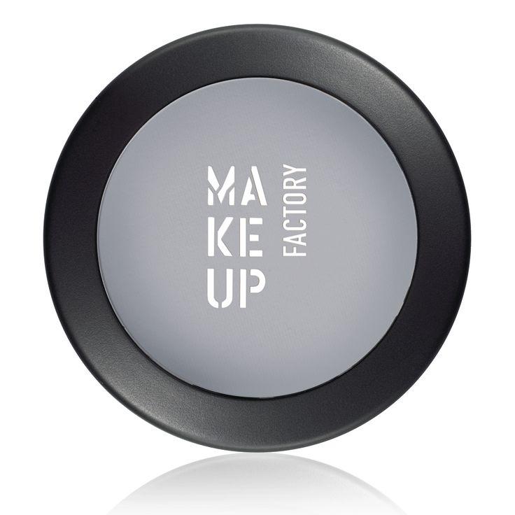 Matte Eye Shadow for velvety-matt natural eye make up by Make up Factory - Make up Factory