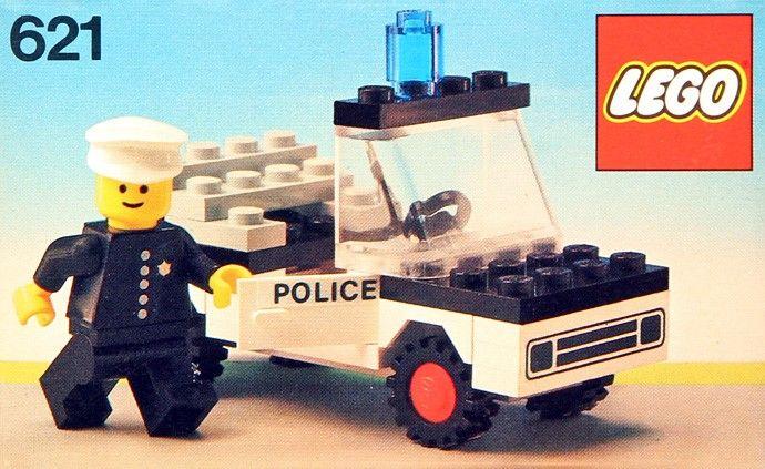 LEGO 621-1: Police Car   Brickset: LEGO set guide and database