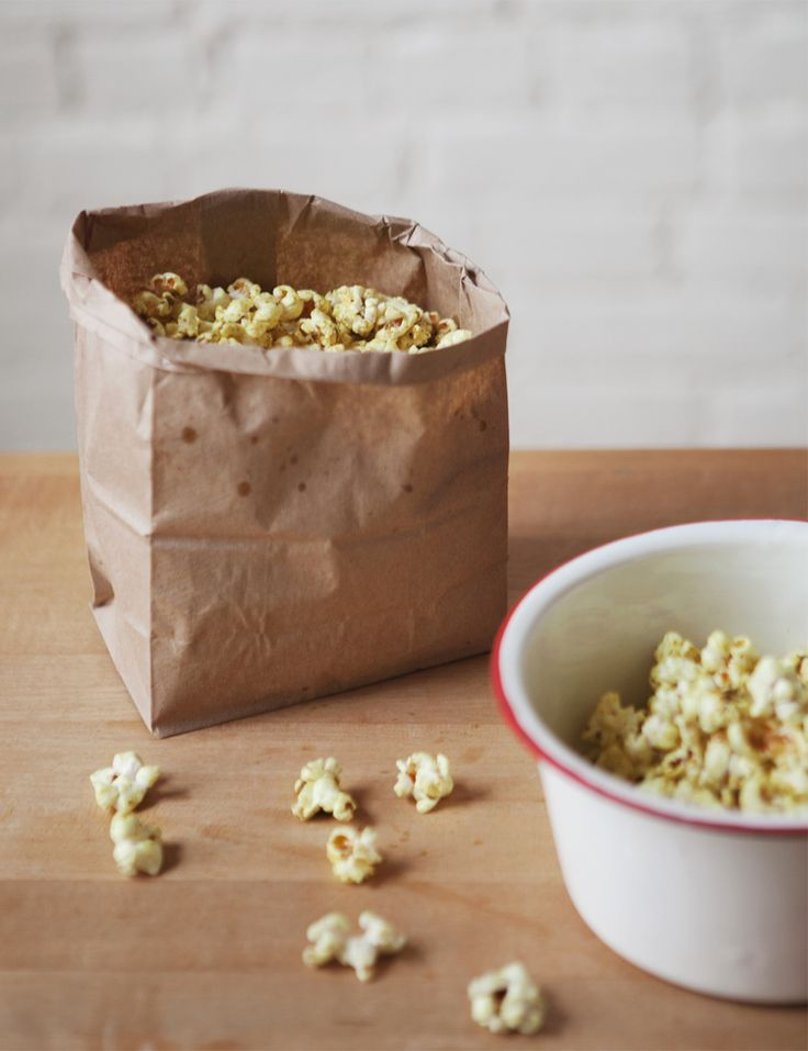 curry butter popcorn popcorn awesome mmmm popcorn buttered popcorn ...