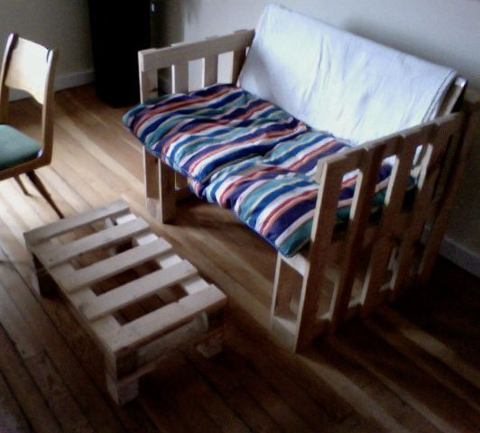 Recycling: Couch Pallets