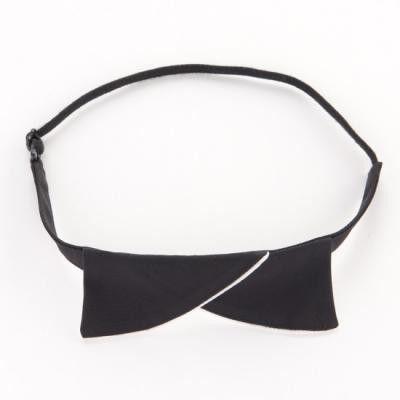 縫製工場から出るあまり生地を使用して作った蝶ネクタイです。カットソーやシャツに巻いて、アクセントに!普段のお洋服がおしゃれにイメージチェンジできます。首周りの...|ハンドメイド、手作り、手仕事品の通販・販売・購入ならCreema。