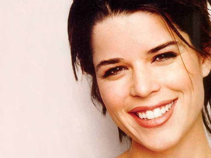 adrianne neve campbell wallpaper - photo #7