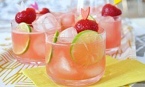 Пять интересных коктейлей для бархатного сезона из минимума ингредиентов