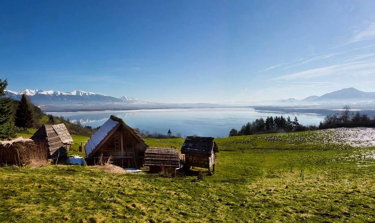 """Spring has come to Liptov. #havranok #liptovskamara #liptov #slovakia #beatifullday #spring #landscape #historicvillage #celticvillage #lake #mountains…"""