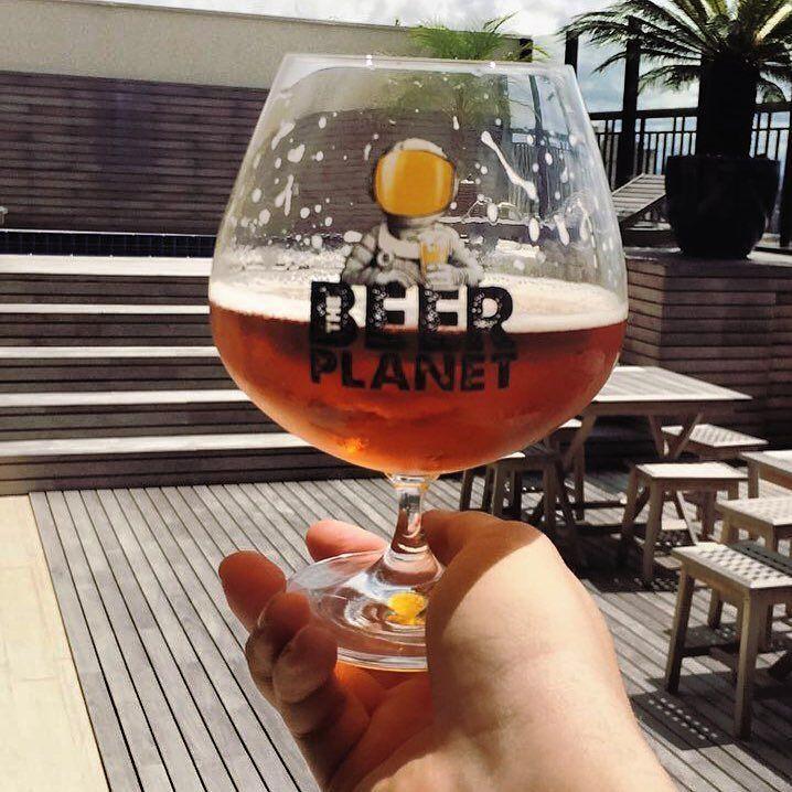 Viva as cervejas artesanais!  ___ E aí todo mundo de malas prontas para o @festivaldacerveja de Blumenau-SC?  #beeroftheday #beergasm #beerporn #pornbeer #lajehomepub #tcherveja #mariacevada #caps #cervezas #cheers #bier #brew #brejadodia #breja #pivo #piwo #pornbeer #planetacervejeiro #bebalocal #bebomelhor #bebacerveja #bebamenosbebamelhor #horadogole #drinkbeer #beernerd #beergeek