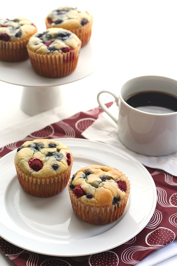 Easy Grain-free Sugar-Free Pancake Muffin Recipe. There is enough fat and protein ratio to net carbs to allow these as a meal, not just a snack after a fat/protein meal. I can see a lage ziploc of frozen ones for quick micro thaw.