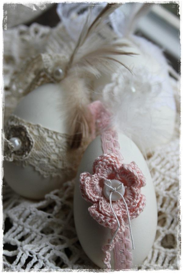 Ganzenei met gehaakt bloemetje