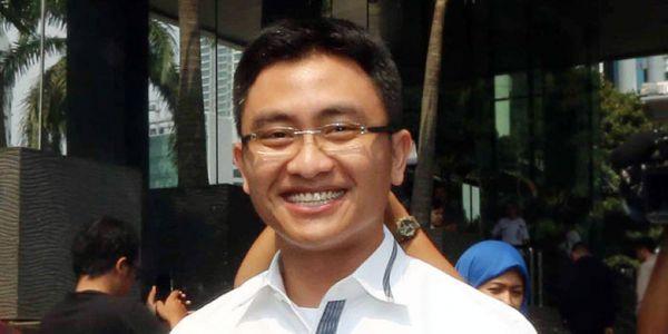 Pilgub Banten : Golkar Usung Putra Atut