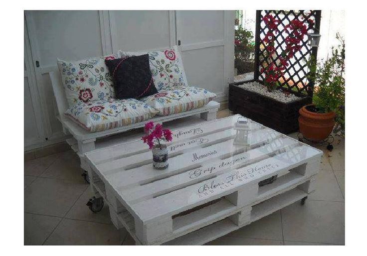 Pallet bench & coffee table - love it!