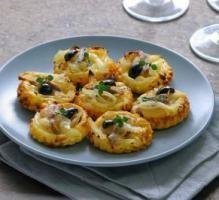 Recette - Mini-tartelettes fines aux oignons et anchois façon pissaladière - Proposée par 750 grammes