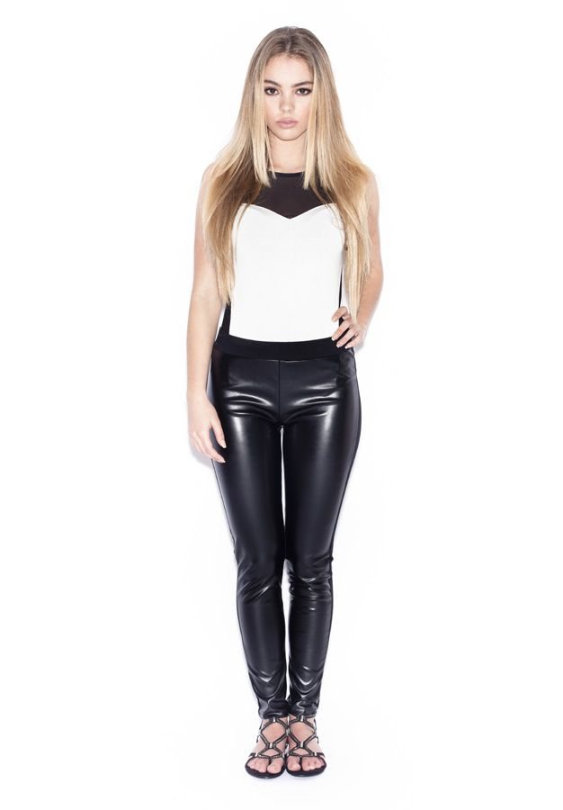 BODY - 149327 LEGGING - 144821 CALÇADO/SHOES - 149922