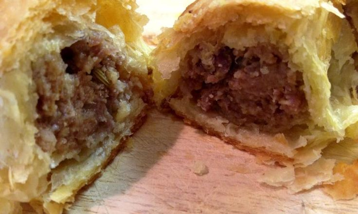 The 25 best jamie oliver sausage rolls ideas on pinterest for Canape ideas jamie oliver