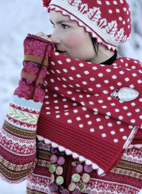 Love this hat !!  Pattern Work, Made in Norway...Source ☀ www.oleanaknits.com