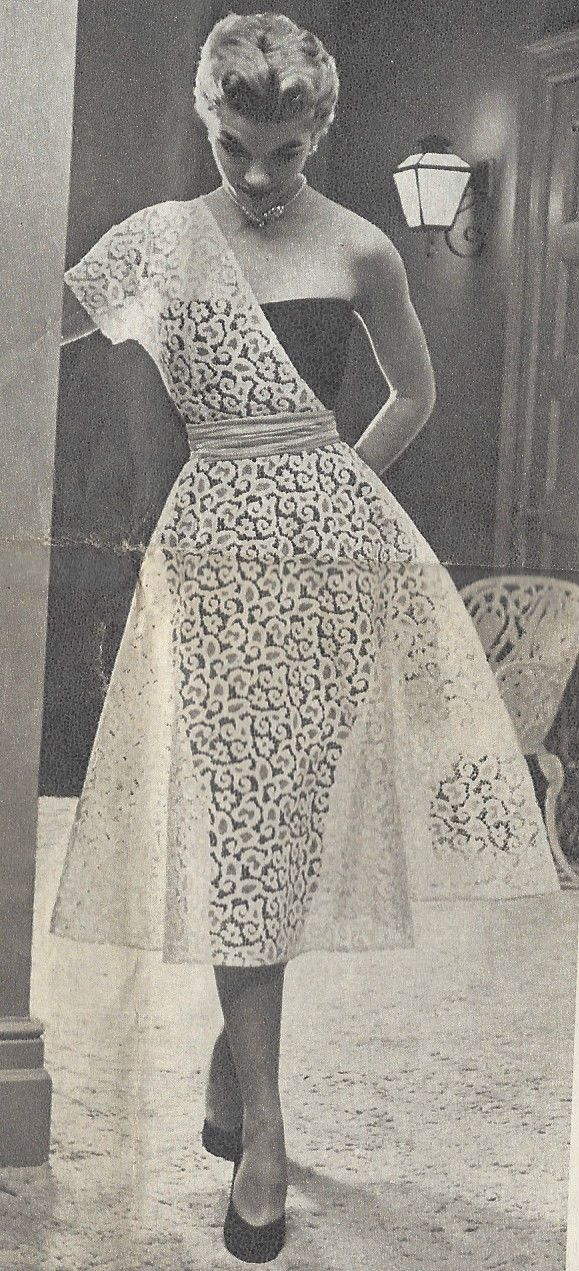 "1950s Vintage Sewing Pattern DRESS B30"" (R76) 