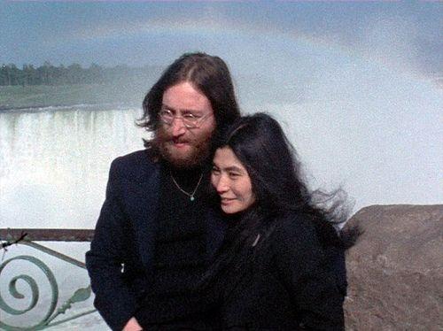Beatle John Lennon and Yoko Ono, Niagara Falls, Upstate New York 1969