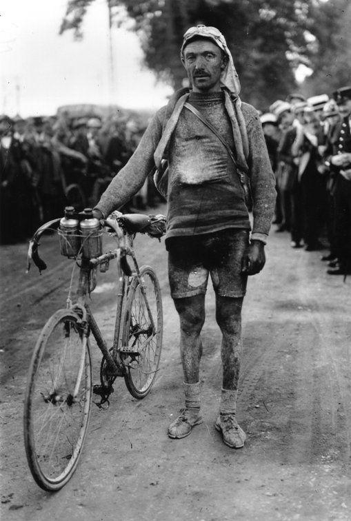 """José Pellettier (1888-1970). Fu buon corridore del primo dopoguerra, primo tra i touristes-routièrs (classement de """"seconde-classe"""") nei Tour de France 1920 e 1922, conclusi rispettivamente al 12° e 15° posto"""