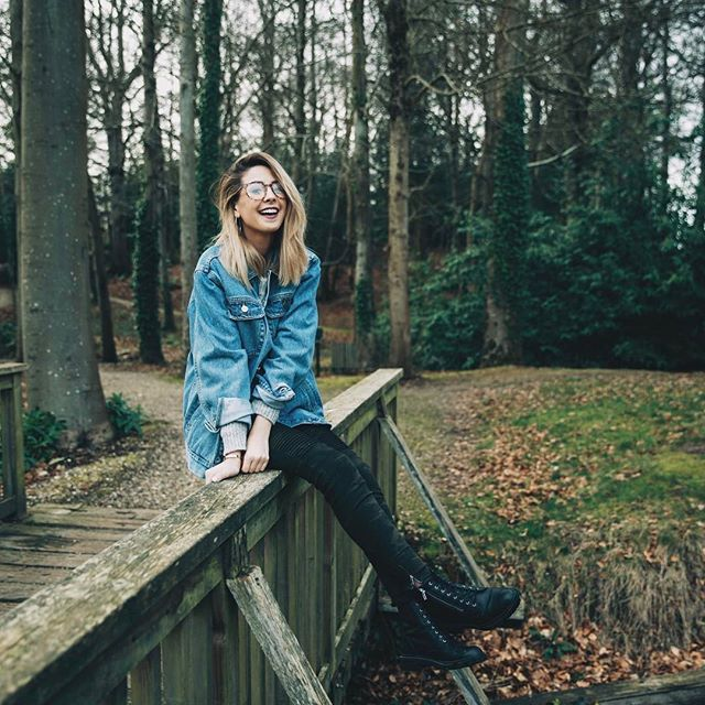 "Fc: Zoella Snug/ Boyfriend: Finlay Macmillan// ""Hi I'm Zoella. I'm 19 and a YouTuber from England. I love makeup, books, and nerd stuff. Intro?"""