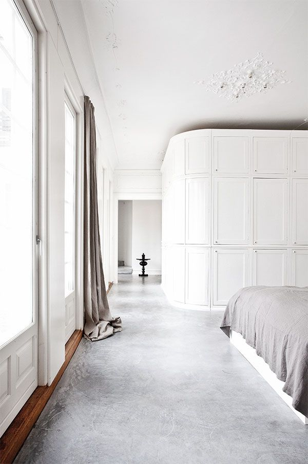INTERIORS CRUSH | VILLA WITH POLISHED CONCRETE FLOORS
