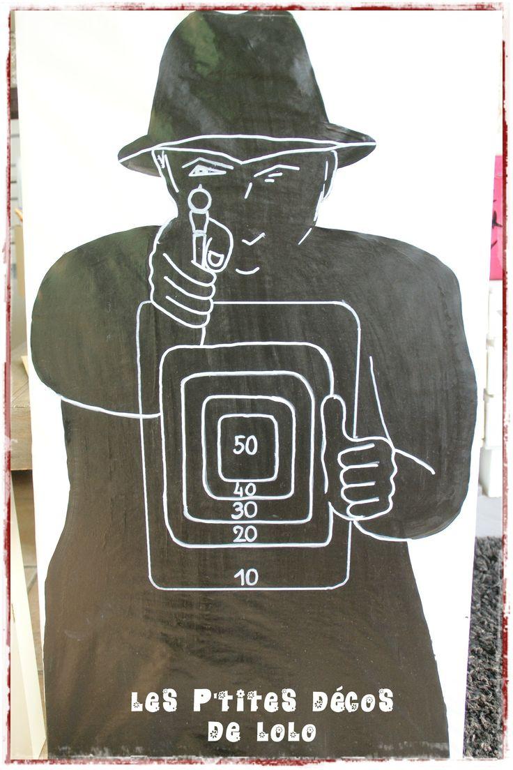 Anniversaire thème agents secrets : entraînement au tir sur cible