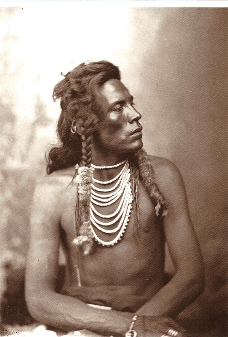 little sioux men Текст и перевод песни sonny and cher - little man.