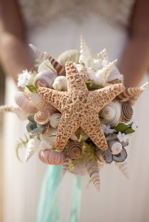 beach wedding bouquet - Bouquet conchiglie matrimonio in spiaggia