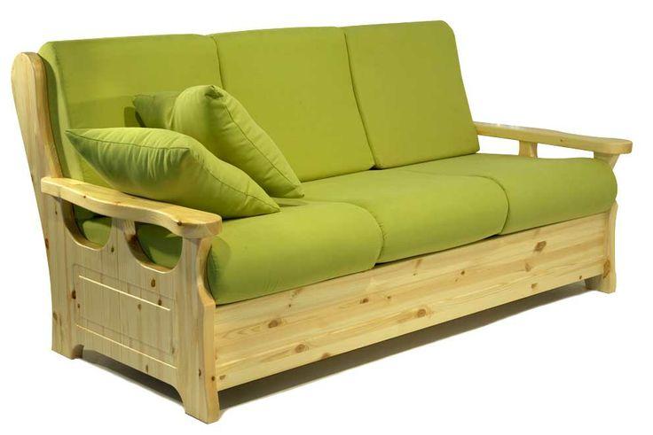 Divano 3 posti proposto in colore di finitura naturale e colore tessuto verde. www.arredamentirustici.it