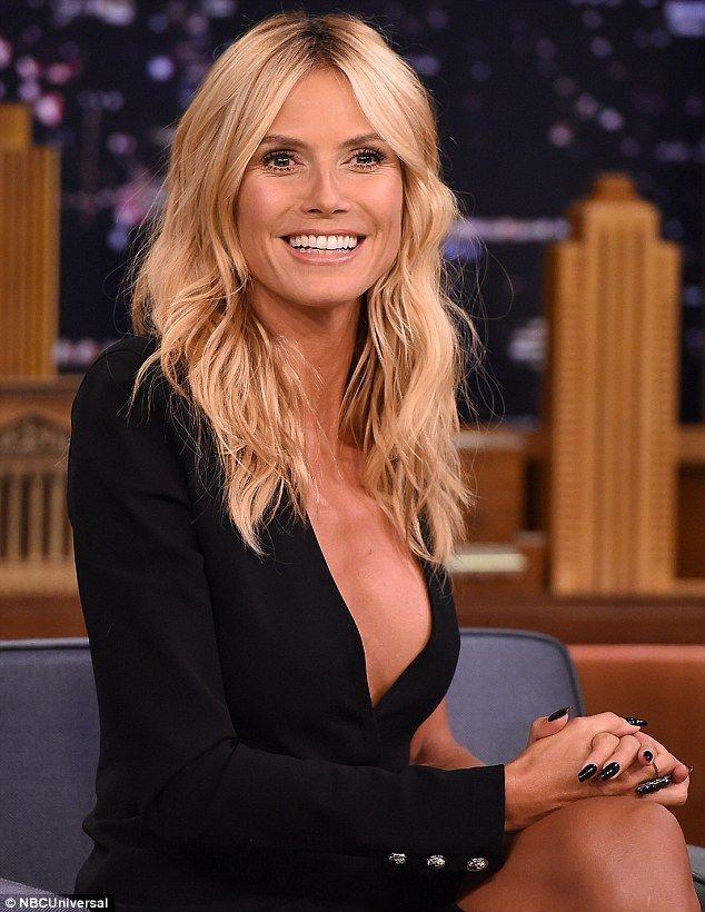 "Heidi Klum Proves She's Still a Perfect 10 on ""Jimmy Fallon"" | Buy ➜ http://shoespost.com/heidi-klum-gianvito-rossi-jimmy-fallon-sandals-2015/"