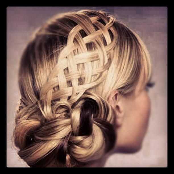 """basket weave"" updo! don't think i could pull this off, but still super cute nonetheless!"