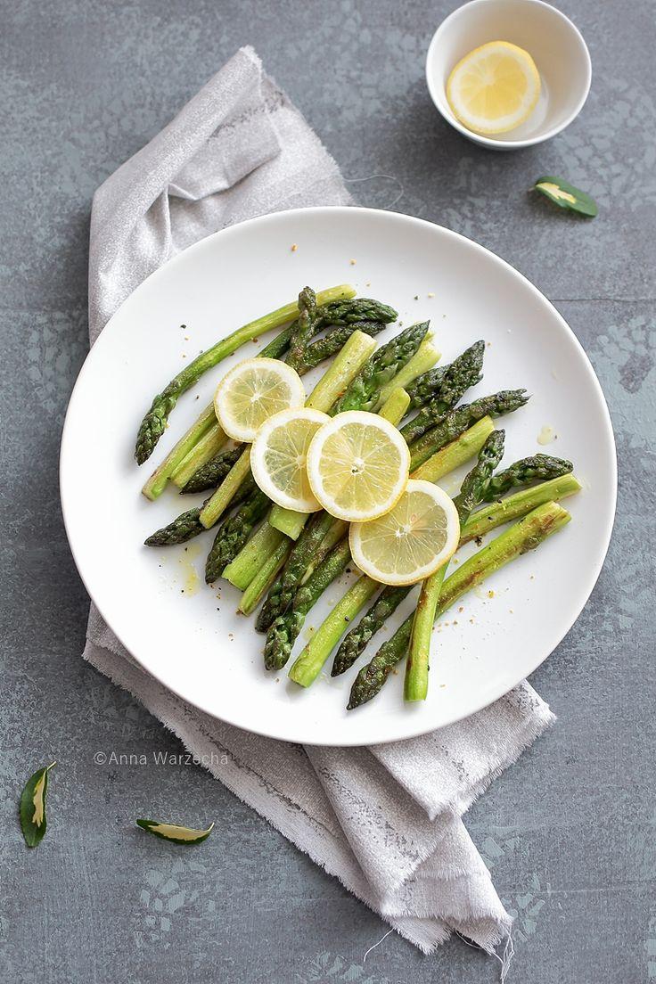 Wem co jem: Szparagi z masłem i cytryną