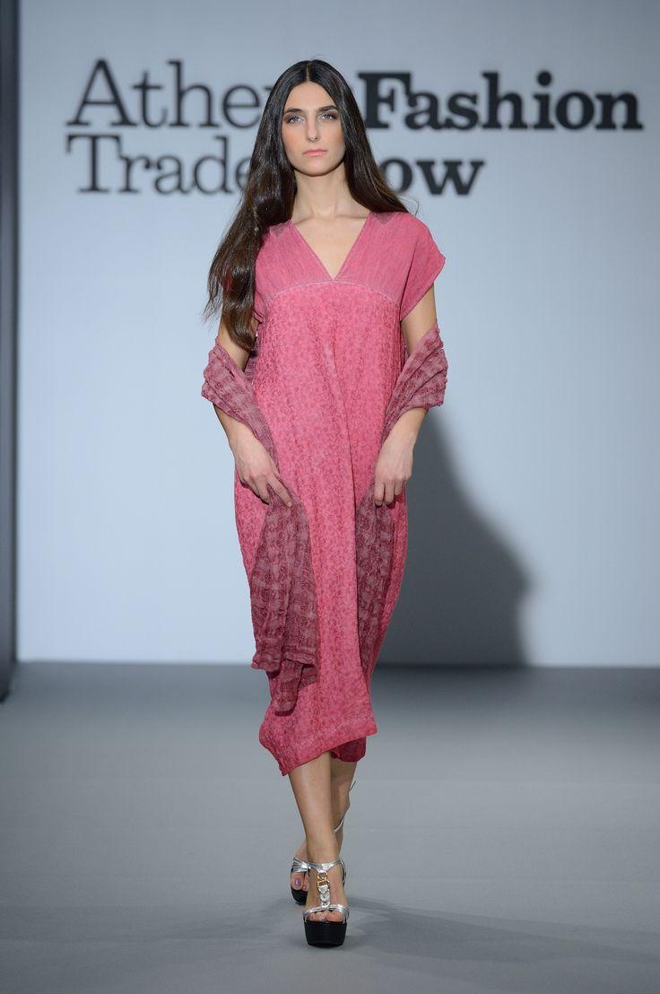 Eclectia: Elegant fuchsia linen summer dress. 100% Natural fabrics