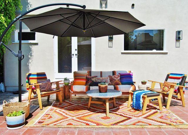Renters' (Summer!) Solutions: Fabulous Temporary Outdoor Flooring Ideas
