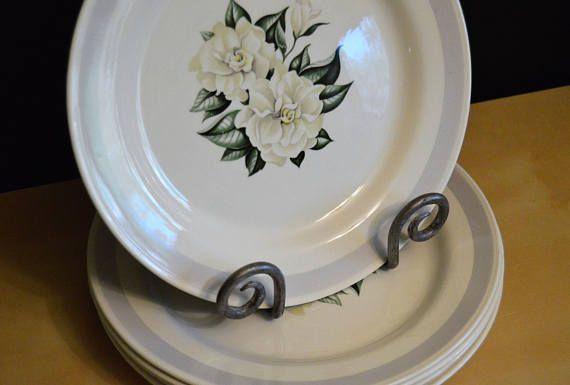 Set of 5 Vintage Homer Laughlin White Gardenia Nautilus