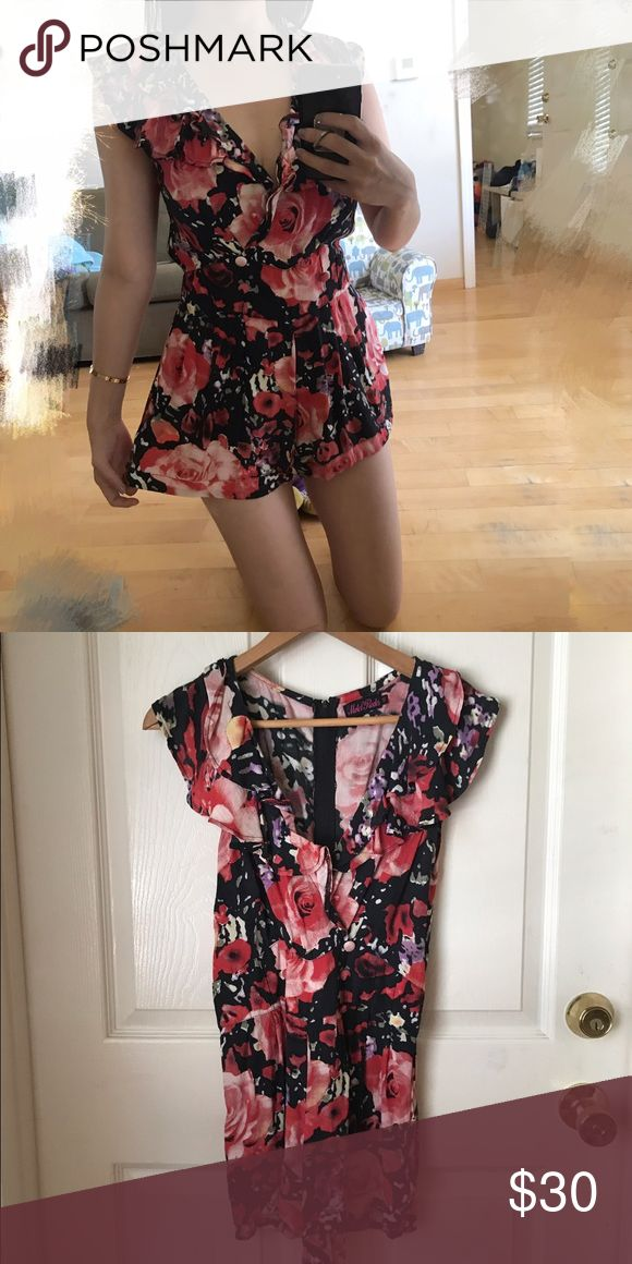 SALE🇺🇸 Motel rocks floral romper Size small, similar to ASOS, topshop style. Motel Rocks Pants Jumpsuits & Rompers