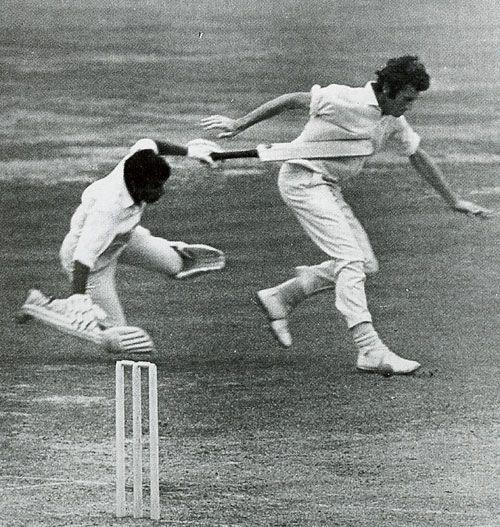 Sunil Gavaskar and John Snow